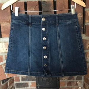 American eagle button front Jean skirt Sz 0